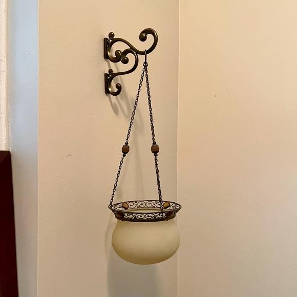 2 Hanging candleholders